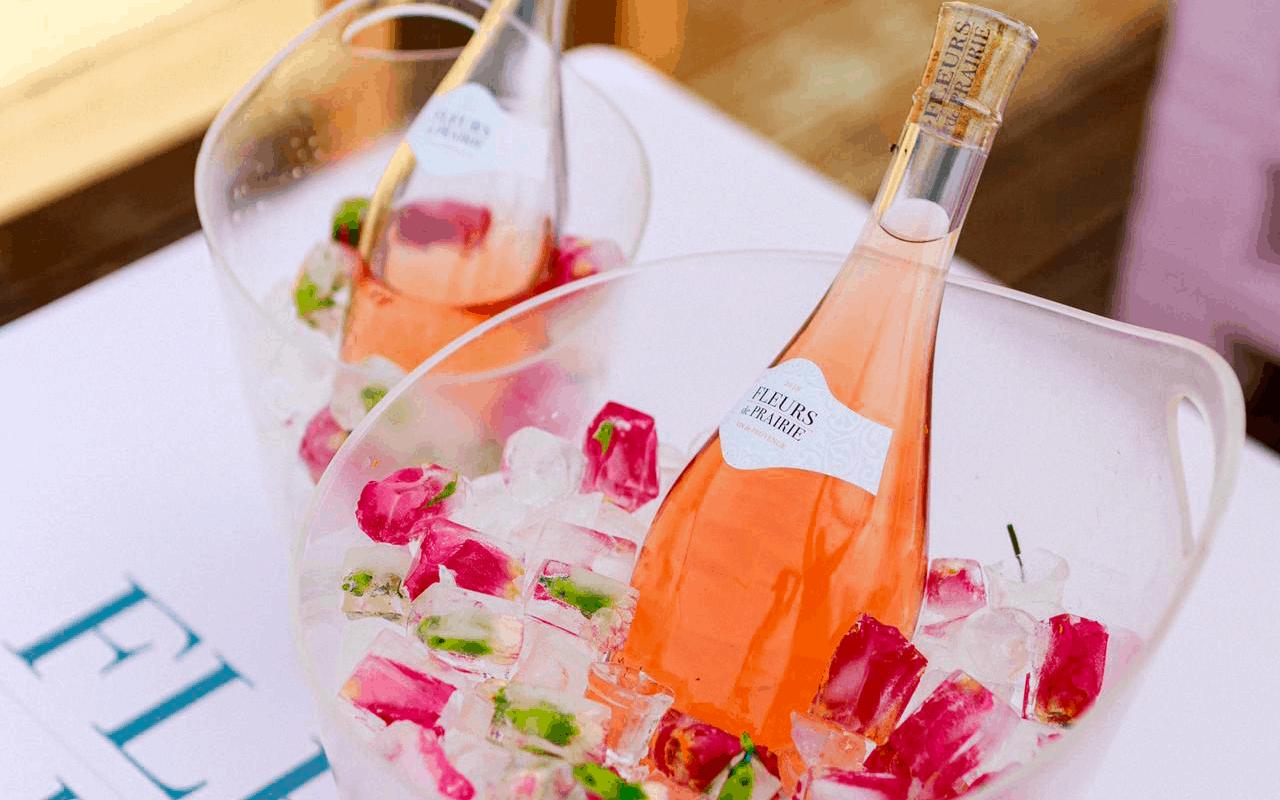 Rosé Fridays 🌸